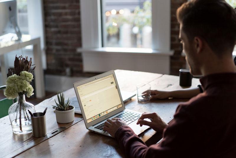 4 consejos para mantenerte productivo trabajando desde casa